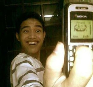 Hình ảnh vui chụp hình bằng điện thoại trắng đen